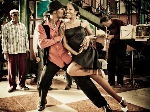 salsa, kezdő salsa, salsa tanfolyam, salsa tánctanfolyam, salsa táncoktatás, salsa tánciskola